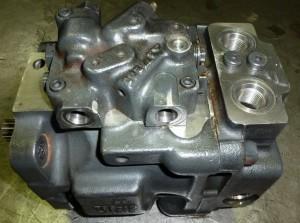 pompe hydraulique komatsu PC35